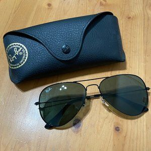 Ray Bans Black Aviator Sunglasses